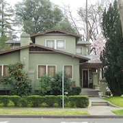 Beautifully Restored 1922 Craftsman Bungalow in a Prime Lodi Wine Tasting Area