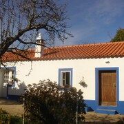 Quiet Holiday Home 10 Kilometer From the Atlantic
