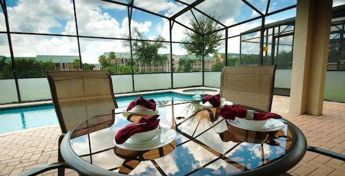 Windsor Hills Resort - 3BD / 2BA Town home with Splash Pool Near Disney - RWH351 Apartment 3