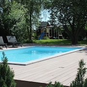 9 Bedroom Luxury Pool, SPA and Activity House in Marielyst