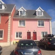 2 Bed Luxury House, 50m From Sandy Beach on Wild Atlantic Way, Kilkee, Co. Clare