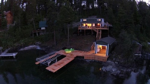 Lake House With Sauna, Kayaks, S.u.p.'s, Snorkeling Sets and Boat Parking