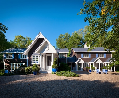 2 Private Acres Luxury Designer Home Moments From Lake Mi And Wine Country