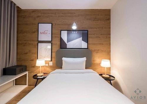 Avior Hotel