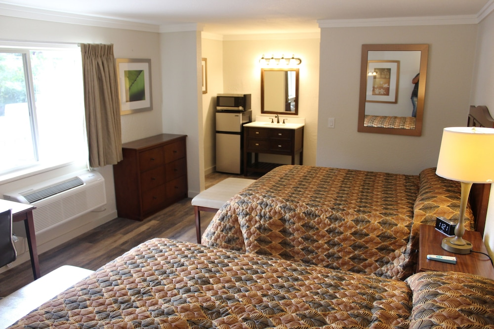 Room, The Northern Inn