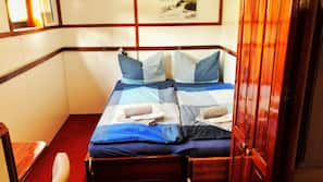 Desk, blackout curtains, rollaway beds, free WiFi