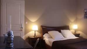 5 chambres, literie de qualité supérieure, matelas Select Comfort