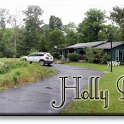 Peaceful Forested Family & Pet Friendly 3 Bedroom 2 Bath Home Near Lake Ouachita