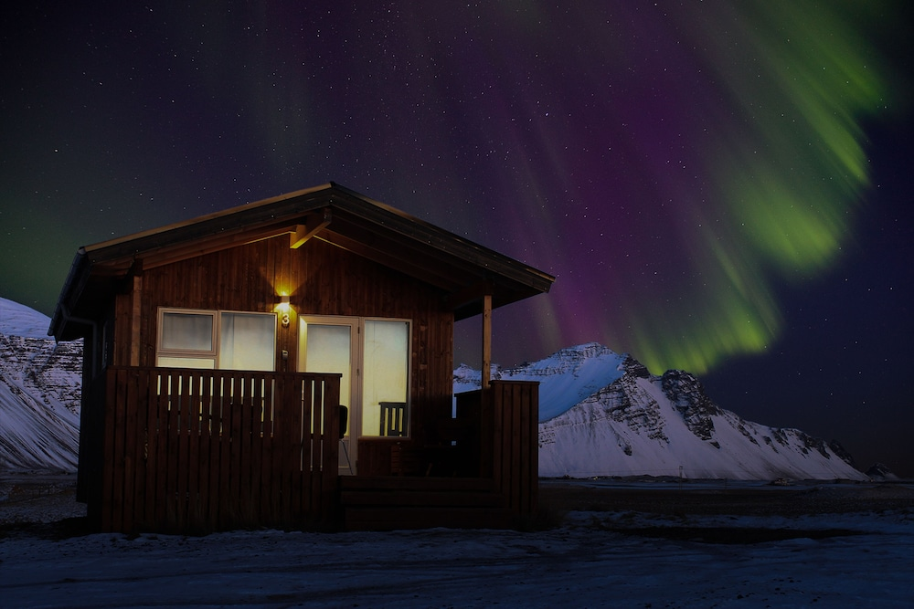 Featured Image, Aurora Cabins