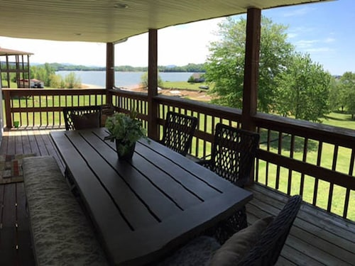 Check Expedia for Availability of Next To Heaven Lakefront 3 Bedrooms 2 Bathrooms Home