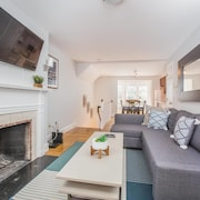 Charming 2br/2ba Duplex In Beacon Hill By Domio