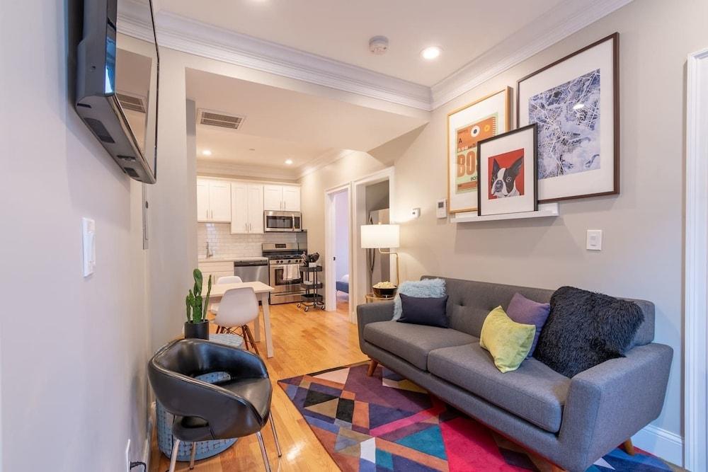 Designer 3 Bedroom North End Apt by Domio in Boston | Hotel Rates ...