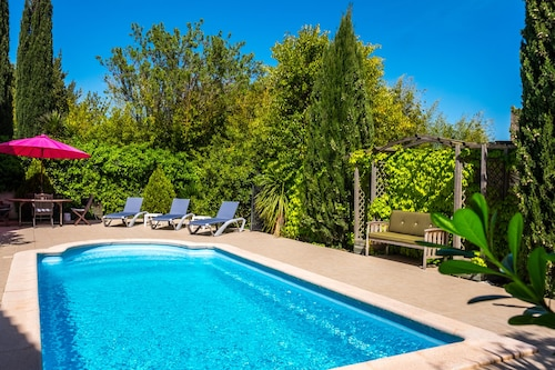 La Fleurie - 3 Bedroom Gite With Private Pool Near Canal du Midi in Languedoc