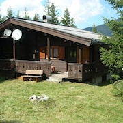 Natural, Rustic Wooden hut in Hochkrimml With Parking Space / Garden / Wifi