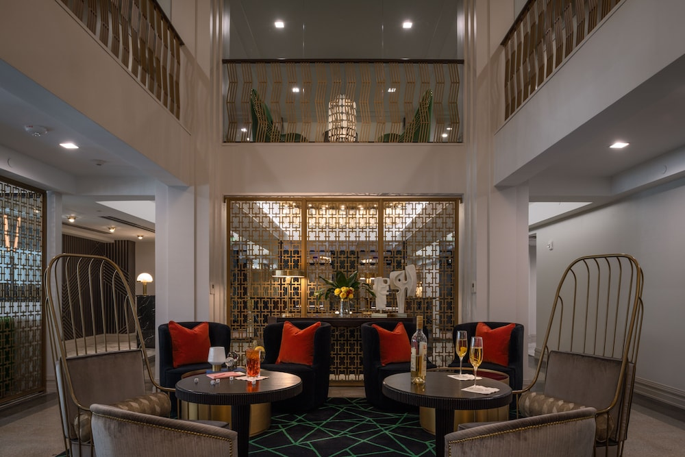 Lobby, Tulsa Club Hotel, Curio Collection by Hilton