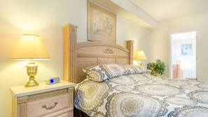 5 bedrooms, laptop workspace, iron/ironing board, WiFi