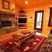 Highline Cabin 4 Bedrooms 4 Bathrooms Cabin
