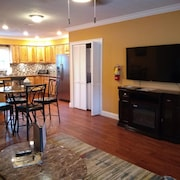 Blue Moon Vacation Rentals Downtown Clayton