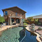 Bright Phoenix Luxury Home w/ Grill & Patio!