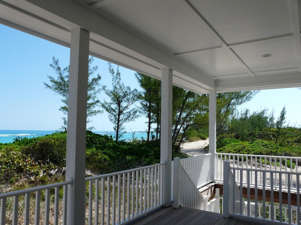 Balcony, Luxury Oceanfront Home, Gorgeous View