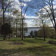 Beautiful View of Lake Barkley. Close to Boat Ramp and Restaurant