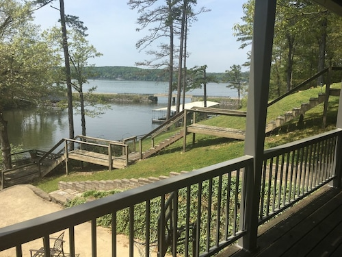 Check Expedia for Availability of Great Lake View House on the Water in Bear Creek, Pickwick