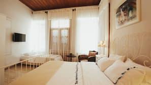 Premium bedding, down duvets, minibar, individually decorated
