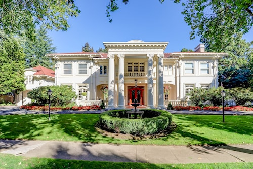 Portland's White House - Bed & Breakfast