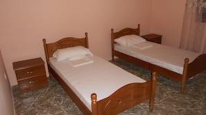 3 bedrooms, Frette Italian sheets, premium bedding, free WiFi