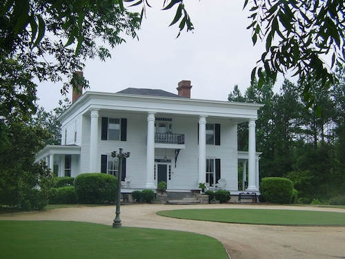 Bed and Breakfast Winterville, GA: Find Cheap $79 B&B's