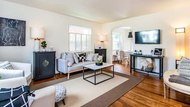 4 Bdrs Designer Home, 15 min From Downtown DC
