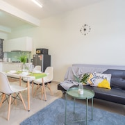 Oasis Square Serviced Apartment