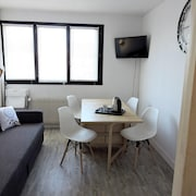 Apartment With one Bedroom in Orléans, With Wifi
