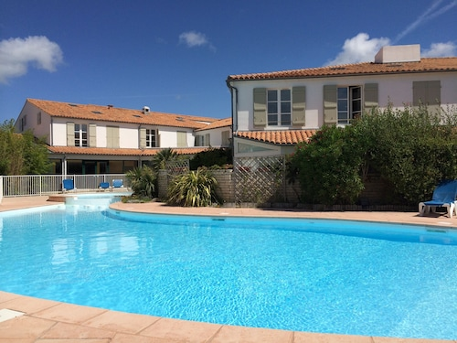 Apartment / Resid Standing With Pool, Beach AT 100m