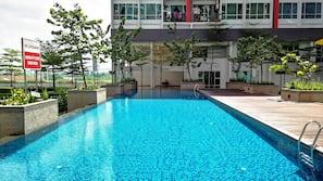 3 個室外泳池;免費小屋、躺椅