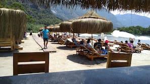 Private beach, sun-loungers, beach umbrellas