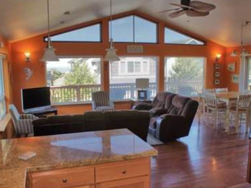 NEW Listing! Sunny & Dog-friendly Home With Outdoor Firepit and Enclosed Yard