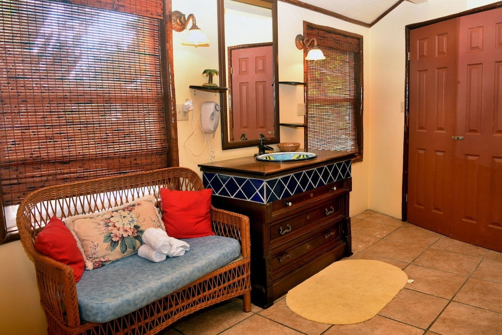 Bathroom, Executive's House on the Exotic Caribbean Sea, Tons of Extras