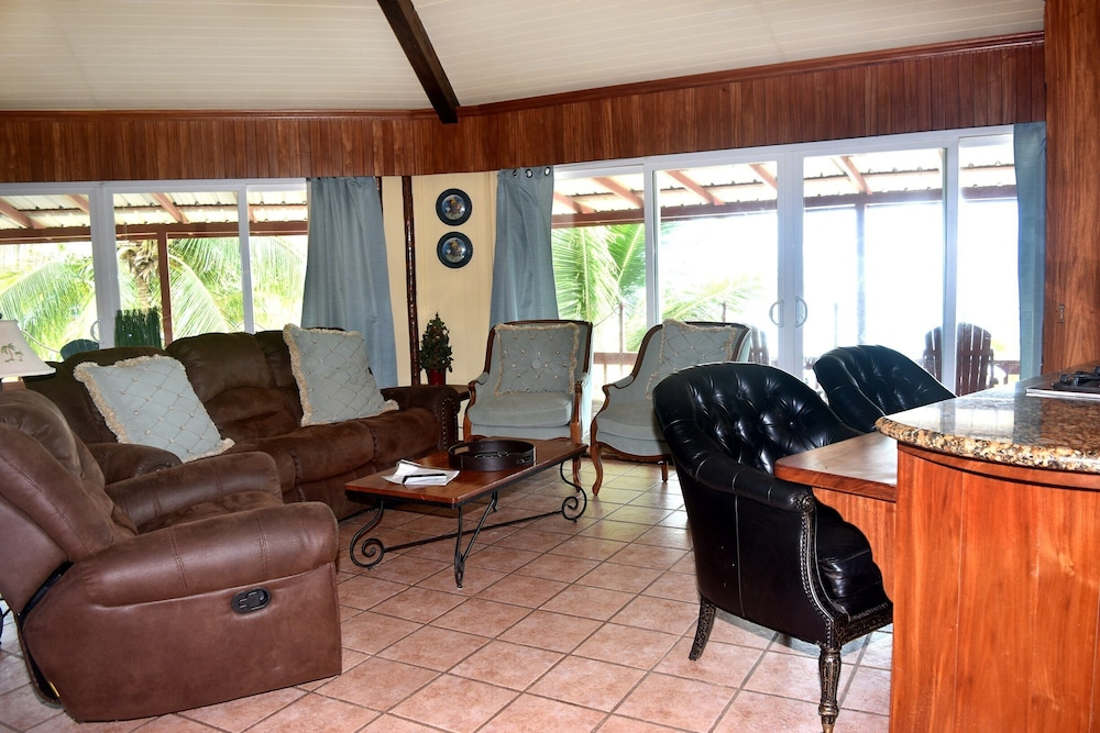 Living Room, Executive's House on the Exotic Caribbean Sea, Tons of Extras