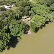 'river Bungalow' On The Colorado River 2 Miles From Historic Bastrop, Texas