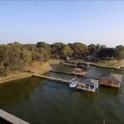 Wondrous The 10 Best Hotels In Cedar Creek Reservoir Texas From 65 Home Interior And Landscaping Analalmasignezvosmurscom
