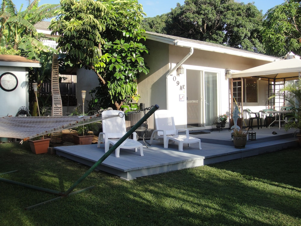 , Kihei - Tropical Cottage Across From the Beach - Permit # Stkm 2015/0003