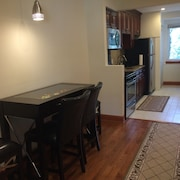 Minutes to Washington DC - Newly Remodeled 2 BR Apt, Silver Spring, Maryland