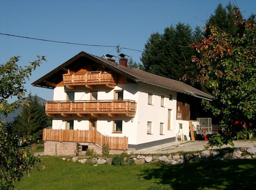 Renovated Cottage for 10 Persons With Great View on the Kufstein and Inn