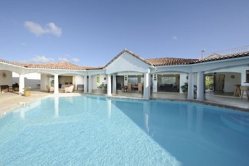 Villa With 3 Bedrooms in Saint Martin, With Wonderful sea View, Private Pool, Furnished Garden - 200 m From the Beach