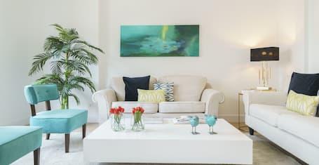 Home Club Antonia Mercé Apartments