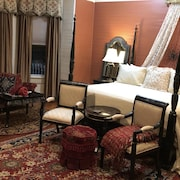 Ebony Rouge Suite in The Majestic Jewel of Apalachicola