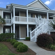 Ground-level 3 BR Condo Beside Pool. Golf, Pool, Tennis, and Family Fun