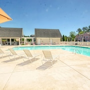 2 Bedrm / 2 Bath Myrtle Beach Family Friendly Villa. Newly Updated Throughout!!