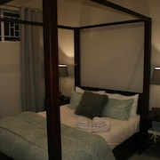 2 Bedroom Self Catering Cottage in White River, Mpumalanga, South Africa